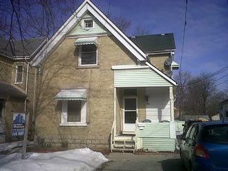 720 Queens Avenue exterior
